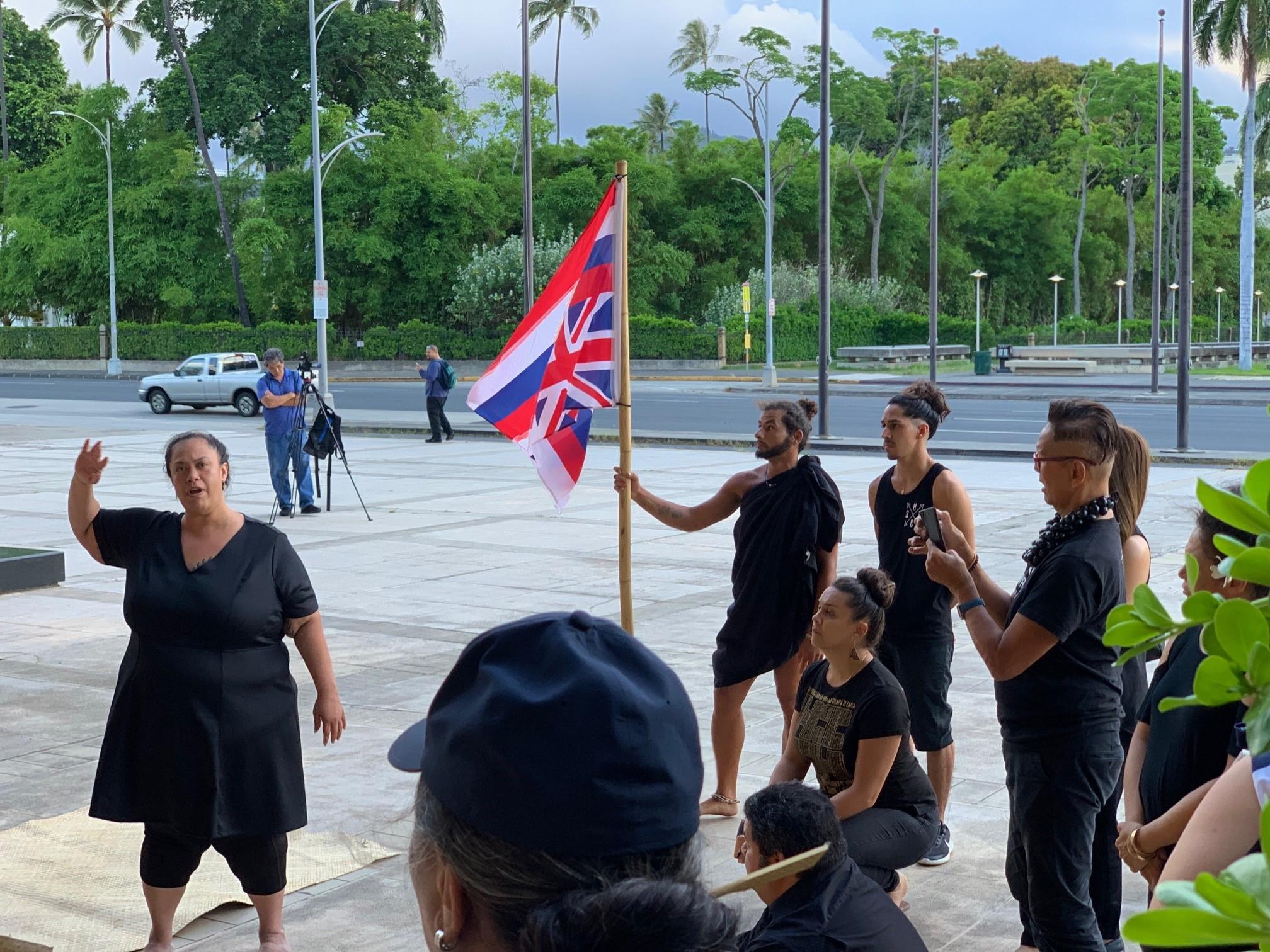 HawaiiProtest1.jpg