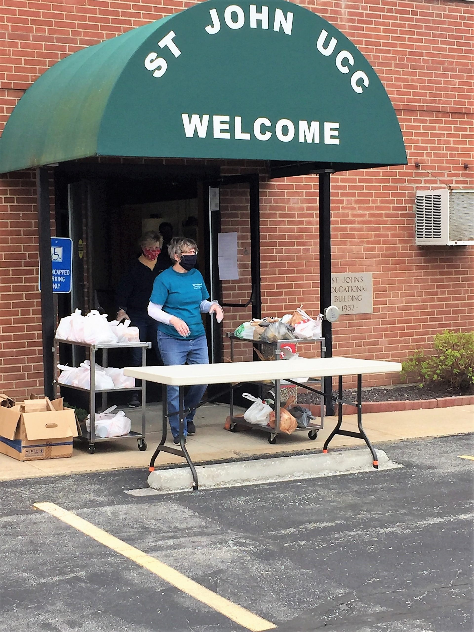 Meals for the hungry, St. John UCC, 4/11/20